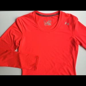 Under Armour long sleeve tee women's XS perfect